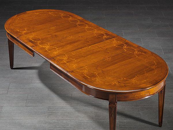 mobili-su-misura-tavoli-3